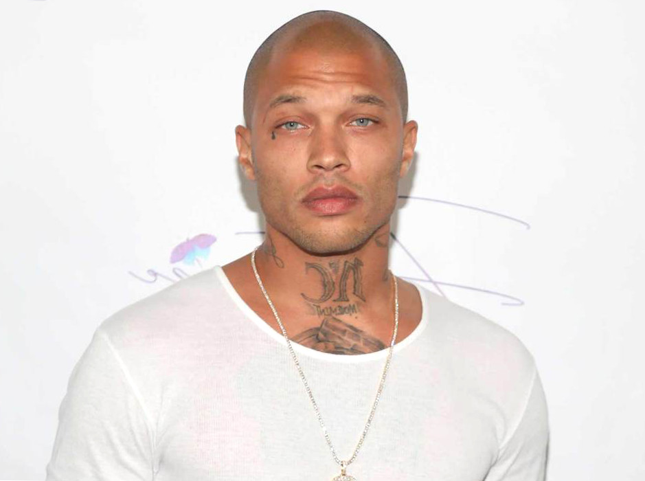 Do you remember Jeremy Meeks? While there are men risking their lives to save the underprivileged and the world, women across the world were getting wet from this pic of a convicted felon who went viral. He now works as a fashion model.